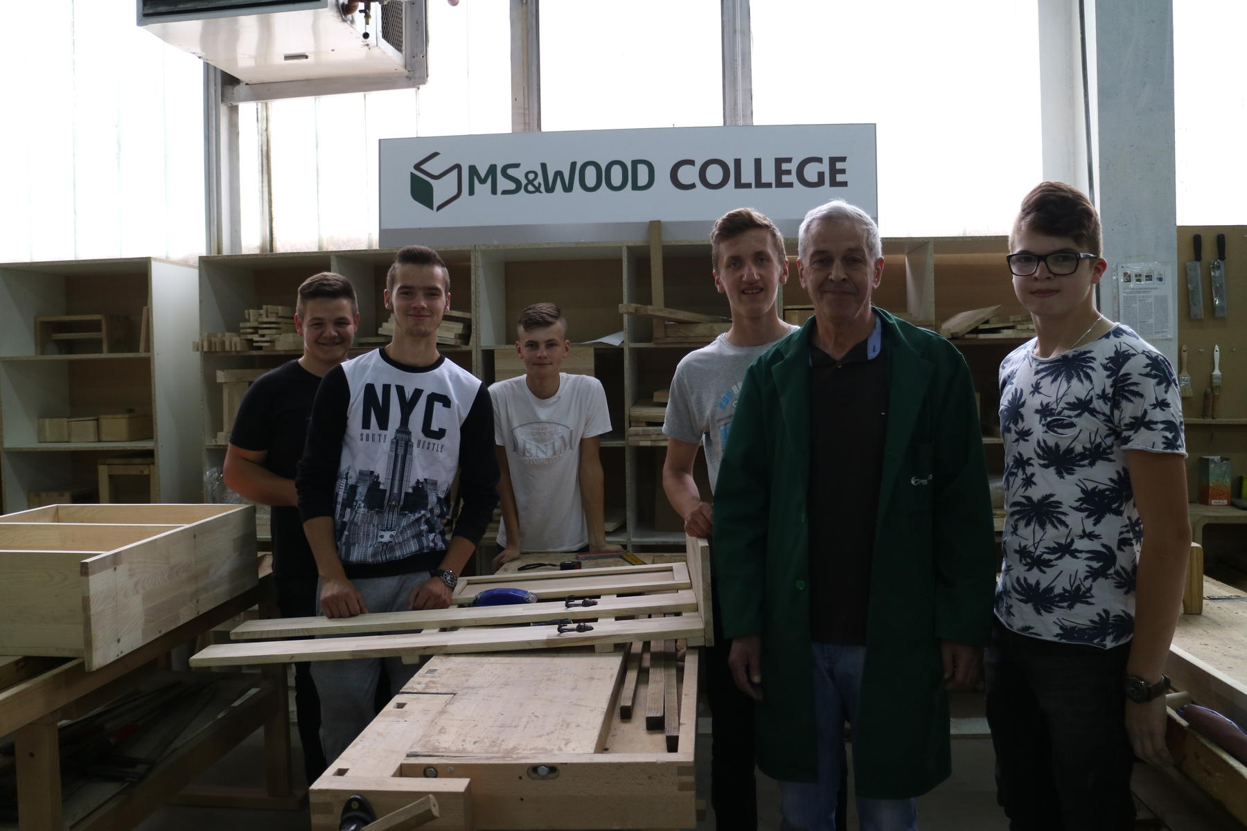 Students of the wood-processing technical high school in Fojnica during their apprenticeship at MS&WOOD © Petra Boić Petrač, WWF Adria